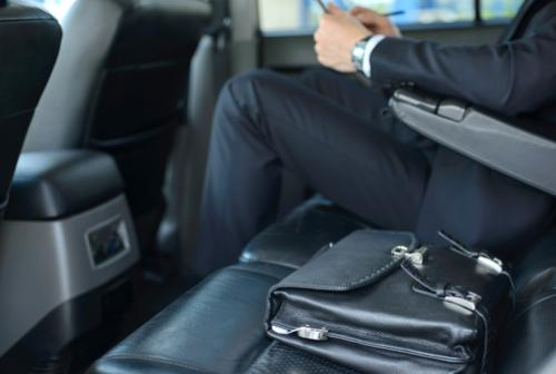 luxury-limousine-for-corporate-events-awg